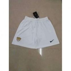 Pumas white shorts size:18-1