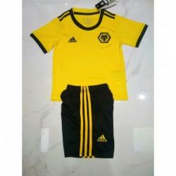 Wolves home uniform 20 size:18-2019,jersey+short